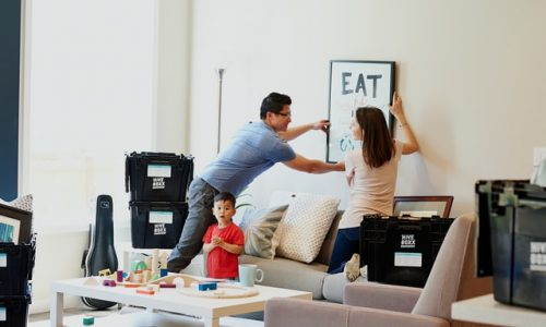 How to reduce moving stress when moving with kids
