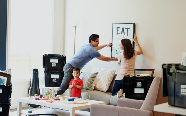 reduce moving stress when moving with kids